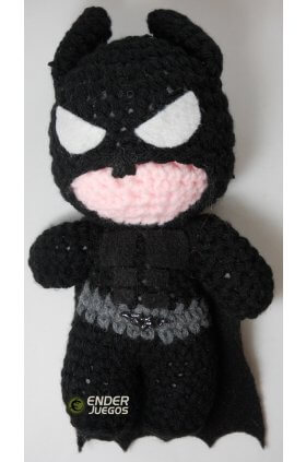 Batman Dark Knight - Amigurumi (peluche al crochet) - 20 cm